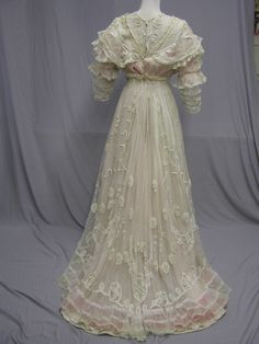 2 Totally Delicious Cluney Lace Reception Gown 1906 | eBay