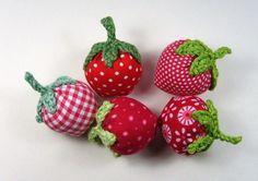 Erdbeeren von Hand und Herz auf DaWanda.com