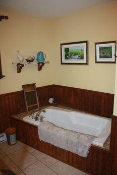 Salle de bain réaliser par une de nos designer! Style champêtre, bois, teinte de crème, décoration, Le jardin d'Andrée-Anne, www.lejardin.ca Corner Bathtub, Bathroom, Bathtub