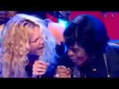 Joss Stone James Brown It's a Man's World - powerful performance and audio. Visuals a bit blurred but you forget....