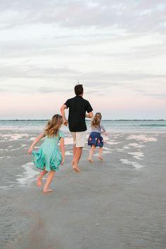 New Smyrna Beach Lifestyle family Portraits by Brooke Tucker Photography