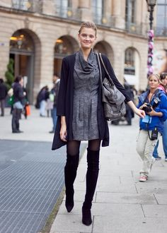 How to wear Over-Knee Boots this Fall-Winter All About Fashion, Love Fashion, Fashion Looks, Fashion Story, Classy Outfits, Cute Outfits, Work Outfits, Classy Clothes, Blue Tights