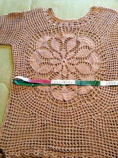 Fiz essa blusa usando 3 novelos de fio Anne e agulha de croche n. 1.75 , fiz seguindo o gráfico e deixo aqui um passo a passo de como realiz...