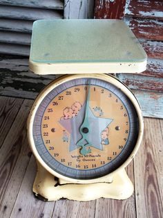 Hey, I found this really awesome Etsy listing at https://www.etsy.com/listing/213719585/vintage-yellow-metal-baby-scale-1950s-by