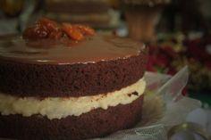 Naked Cake de Chocolate e Recheio de Creme de Confeiteiro - Vai Ter Bolo - Artesanal