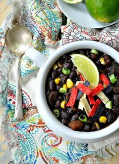 Delicious Southwestern-style black bean soup straight from the slow cooker! What a wonderfully easy soup recipe!
