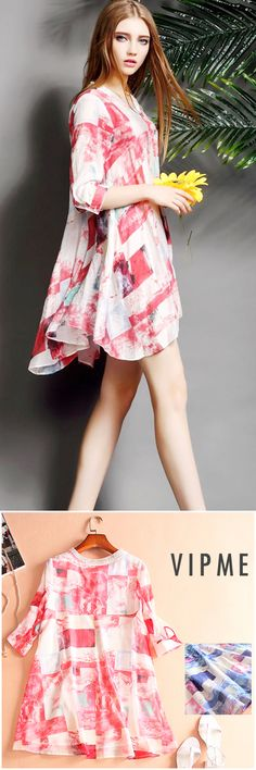 Check the details and price of this Red Colorblock Silk Blend 3/4 Sleeve Mini Dress. Free shipping is on VIPme.com NOW!