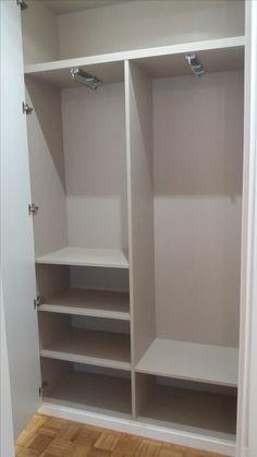Detalle de interior de armario modular en tablero modelo Lino Cancún.