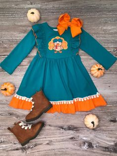 Our most popular dress style in Thanksgiving fashion. This Turquoise Turkey ruffle pom pom flare dress is adorable, especially for Thanksgiving lunch & dinner! Organic Baby Clothes, Cute Baby Clothes, Cute Outfits For Kids, Baby Outfits, Orange And Blue Make, Thanksgiving Fashion, Toddler Thanksgiving Outfit Girl, Thanksgiving Lunch, Capri Outfits