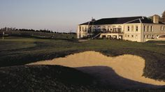The Powerscourt Golf Club House offers a restaurant and bar as well as a terrace with stunning views of the golf course