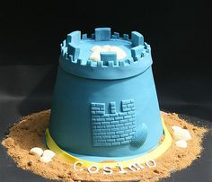 Sand castles at the beach birthday cake!