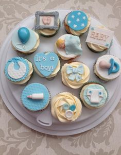 + Ideas for Baby Shower Cakes for Boys and Girls - Cupcakes - Kuchen Baby Shower Cupcakes For Boy, Gateau Baby Shower, Cupcakes For Boys, Girl Cupcakes, Fondant Cupcakes, Baby Boy Shower, Fondant Baby, Vanilla Cupcakes, Birthday Cupcakes