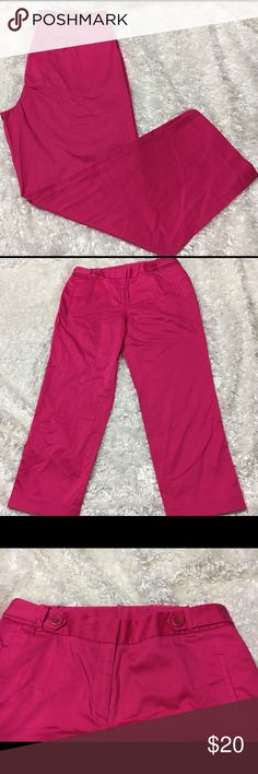 Anne Klein Cropped Pants Size 10 Brand New with tags. Please see pictures for details. If you have any questions please ask. Anne Klein Pants Ankle & Cropped