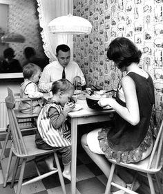 1950´ family dinner