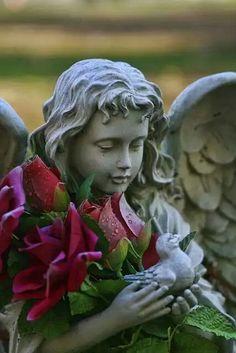 'Concrete Angel' by GPMPhotography Cemetery Angels, Cemetery Art, Garden Statues, Garden Sculpture, Rose Croix, Entertaining Angels, I Believe In Angels, Ange Demon, Garden Angels