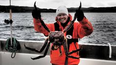 ARKTISET VEDET jakso 5, Norja. Viihteellinen kalastus-, luonto- ja matkailuohjelma Arktiset Vedet syöksyy jäänmurtajan lailla halki arktiste... Fishing, Sports, Arctic, Sup Fishing, Hs Sports, Sport, Peaches, Pisces