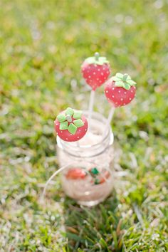 Strawberry cake pops...