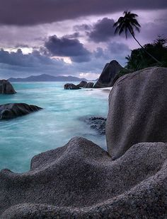 32 Outstanding Photos of Marvelous Places Around the World - La Dique Island, Seychelles Les Seychelles, Seychelles Islands, Seychelles Africa, Places To Travel, Places To See, Beautiful World, Beautiful Places, Beautiful Ocean, Places Around The World