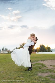Passionate kiss at this Edmonton wedding | couple | photography | Alberta Canada | wedding inspiration | wedding photographer | Kelowna wedding photographer | groom | bride | photographers | wedding dress | golden hour | sunset | blue sky | canon | BC canada | Vancouver wedding photographer | reception | wedding reception | photography ideas