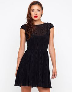 Buy Motel Zee Zee Cap Sleeve Dress in Black Wave Flocking at Motel Rocks