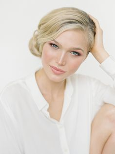 Six Pretty Wedding Guest Hair and Makeup Looks - Frisuren Hochzeitsgast Wedding Guest Hair And Makeup, Simple Bridal Makeup, Wedding Guest Hairstyles, Romantic Makeup, Bridal Hairstyles, Beauty Make-up, Beauty Hacks, Hair Beauty, Bridal Beauty