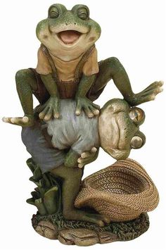 Leap Frog Garden Decor Statue