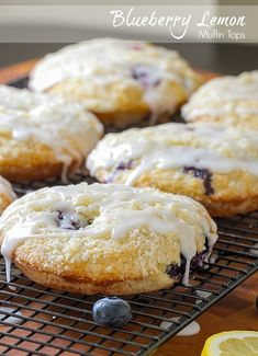 Lemon Muffin Tops Blueberry Lemon Muffin Tops with Lemon GlazeBlueberry Lemon Muffin Tops with Lemon Glaze Top Recipes, Muffin Recipes, Baking Recipes, Cookie Recipes, Dessert Recipes, Recipe For Muffin Tops, Lime Desserts, Recipies, Appetizer Recipes