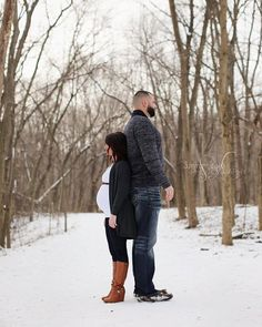 """""""This height difference ❤️☺️ 5'0 and 6'9  #holycow #heightdifference #maternity #maternityphotography #maternityshoot #maternitypictures #photography…"""""""