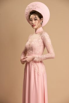 Sweet embroidery lace wedding ao dai Ao Dai Wedding, Lace Wedding, Lace Ao Dai, Vietnamese Wedding Dress, Ao Dai Vietnam, Prom Dresses, Wedding Dresses, Ren, Couture