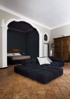 Alcove bed in studio apartment. Home Interior, Interior Architecture, Interior Decorating, Interior Plants, Alcove Bed, Bedroom Alcove, My New Room, Home Bedroom, Bedrooms