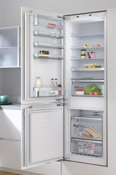 Bosch fridge freezers feature flexible storage solutions and innovative technology to keep food fresher for longer. Stay Cool, Spare Parts, Storage Solutions, Freezers, Home Appliances, Appliance Repair, Seal, Technology, Tips