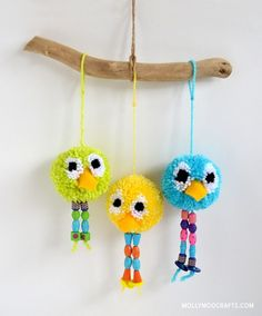 Add some bright colors to a room with these cute and silly pom pom birds from Michelle of MollyMoo! Don't you think this is a perfectcraft for you and your little ones to do together? Make one, two, or a whole flock to hang on a wall! These adorable little birds will brighten your day …