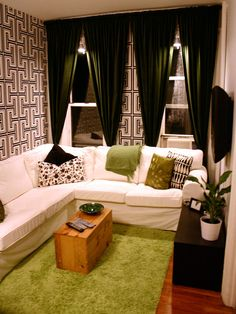 RMS user updated the narrow living room of this apartment with a splash of color and funky wallpaper. House Design, Apartment Living, Bathroom Decor Apartment, Home, Small Spaces, Nyc Apartment, Tiny Living Rooms, Cozy Living Rooms, Studio Apartment Decorating
