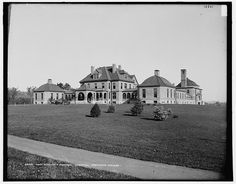 Mary HItchcock Memorial Hospital was built in 1893 in Hanover, New Hampshire, on the grounds of Dartmouth College.