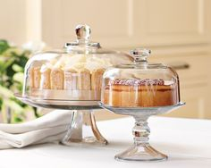 Shop cake dome from Williams Sonoma. Our expertly crafted collections offer a wide of range of cooking tools and kitchen appliances, including a variety of cake dome. Kitchen Jars, Kitchen Items, Kitchen Decor, Cake Stand With Dome, Cake Dome, Cupcake Stands, Williams Sonoma, Glass Cakes, Cake Plates