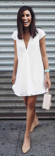 White Summer Dress - Plus great hairstyle
