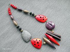 DSCF3578   Cernit. Purple bead is made by technology Dan Kar…   Flickr