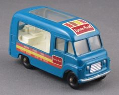 ... 1960s Matchbox 47-b Commer Ice Cream Truck Mint/Boxed Lesney BEAUTY Ice Cream Brands, 1960s, Truck, Mint, Beauty, Brands Of Ice Cream, Trucks, Sixties Fashion