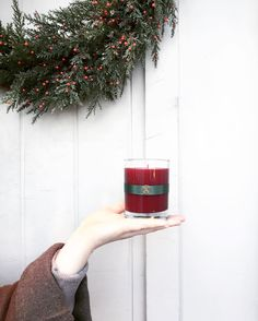 aromatiqueincthese #christmas #vibes are real. 😍 // Smell of Christmas is our #holiday fav ❤️ . . . #aromatique #aroma #aromaobsessed #chilly #wreath #countdown #holidaysarehere #holiday #mood #celebrate #smells #arkansas #9oz #red #green #candles #goals