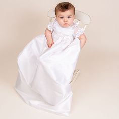 97.90$  Watch here - http://ali4fz.worldwells.pw/go.php?t=32453626079 - 2016 Gorgeous Lace Baby Boys Girls Infant Outfit  Heriloom Dress Dedication Baptism Gown Long christening gowns With Bonnet