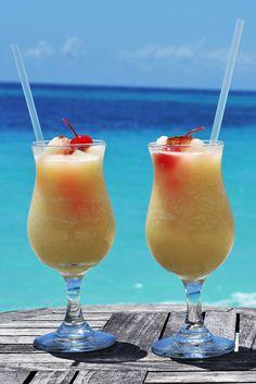 Piña coladas on the beach! | Palm Island Resort, the Grenadines ...