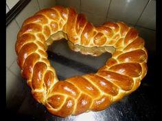 Croissants, Greek Pastries, Bread Recipes, Cooking Recipes, Bread Art, Braided Bread, Pastry Art, Pan Dulce, Yeast Bread