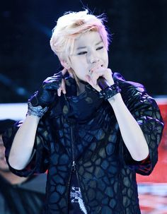 Zelo. Can this boy be ANY more perfect?! I think NOT!