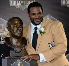 CANTON, Ohio — Jerome Bettis stepped to the podium during Saturday night's Pro Football Hall of Fame inductions, then saluted Steelers Nation. 'Well, listen here,' . Pittsburgh Steelers Wallpaper, Pittsburgh Steelers Football, Pittsburgh Sports, Best Football Team, Football Players, Steelers Meme, Steelers Season, Steelers Stuff, Here We Go Steelers