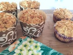 Oatmeal Maple Muffins - I& a mom Muffin Bread, Muffin Recipes, Kid Friendly Meals, Coffee Cake, Healthy Desserts, Food To Make, Food And Drink, Cooking Recipes, Favorite Recipes
