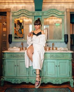 Cea mai buna alegere - Lido By Phoenicia Hotel - Liana Alexandra Summer Dresses, Vintage, Vintage Comics, Summer Outfits, Summertime Outfits, Primitive, Summer Outfit, Sundresses