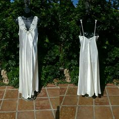 "Vtg Victoria's Secret Ivory Satin Nightgown LARGE Bust 34"", Waist 40"", Length 55""...EXCELLENT LIKE NEW VINTAGE CONDITION. Vintage Intimates & Sleepwear Chemises & Slips"