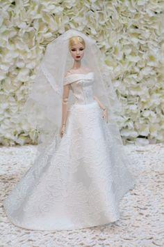 WEDDDING dress by   for Fashion royalty  / silkstone  dolls by t.d.fashion7/4/4 #tdfasiondolls