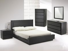 High quality contemporary furniture for bedroom and modern entertainment furniture has become the speciality of Canada based design house,Huppe. The Castella Designer Platform Bedroom suite is a sophisticated option for the basic furniture needs of e