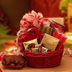 Make their heart go pitter patter this year with a decadent assortment of mouth watering chocolates, send the Chocolate Inspirations Valentine Gift Basket now. Gift Baskets For Him, Valentine's Day Gift Baskets, Gift Hampers, Basket Gift, Honeymoon Gift Baskets, Honeymoon Gifts, Valentine Chocolate, Chocolate Gifts, Chocolate Cherry